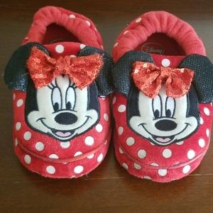 Disney Minnie Mouse slippers XL 11/12